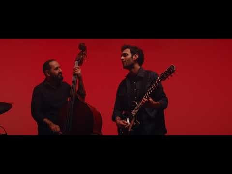 Video Julian Lage - Love Hurts