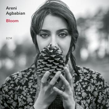 Cover Bloom