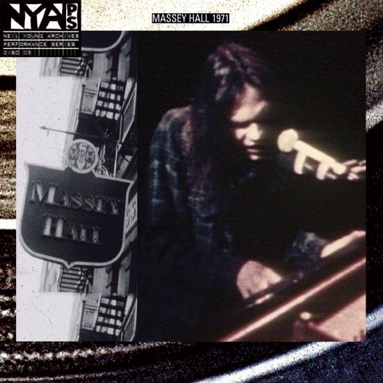 Cover Live At Massey Hall 1971 (Remastered)