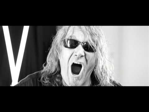 Video Hansen & Friends 'Born Free' Official Music Video