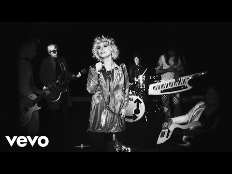 Video Blondie - Fun (Official Video)
