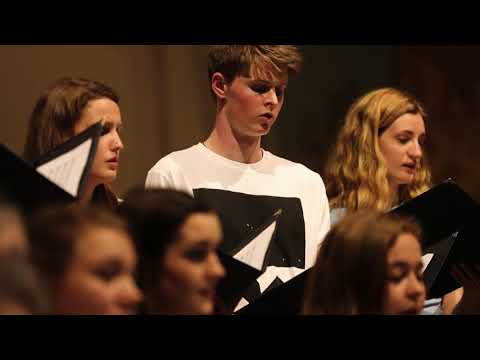 Video Nottingham Cathedral Choir - Mother of God, here I stand - John Tavener