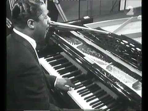 Video Erroll Garner plays Misty